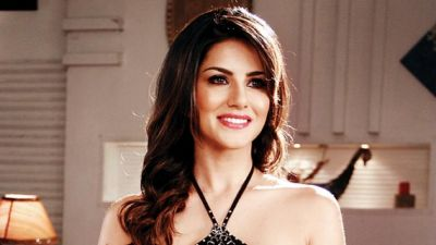 VIDEO: Know Sunny Leone's Beautiful Eyes Secrets, she Herself Reveals