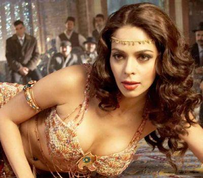Mallika Sherawat talks about traditional Bollywood cinema
