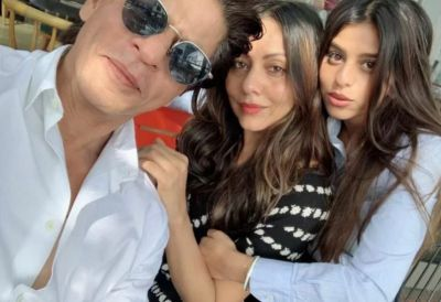 Bollywood showers love on Shah Rukh's Daughter, Gets this Special Honor
