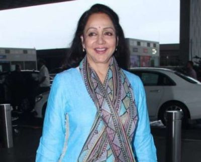 Hema Malini, who is wreaking havoc even at the age of 70, her impressive pic went viral