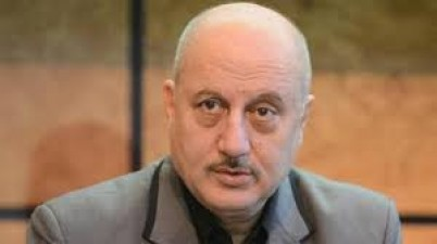 Anupam Kher told to use Indian tradition to avoid coronavirus