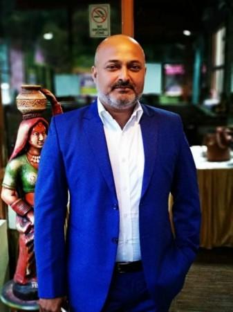 मैं फिल्मो के द्वारा लोगों की ज़िन्दगी में बदलाव लाना चाहता हूँ - नीरज शर्मा