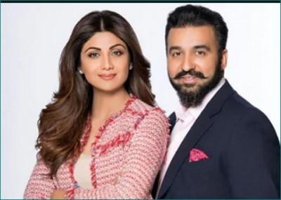 Shilpa Shetty took 'Flip The Switch challenge' with husband Raj Kundra