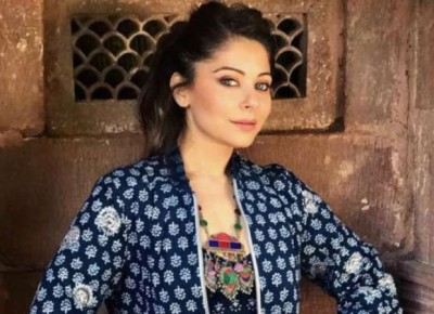 Police in search of Kanika Kapoor's friend who was in party