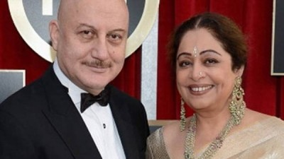 Kirron Kher's first picture revealed after cancer treatment