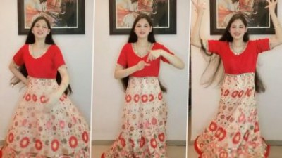 Bajrangi Bhaijaan's Munni dances to win fans' hearts on social media