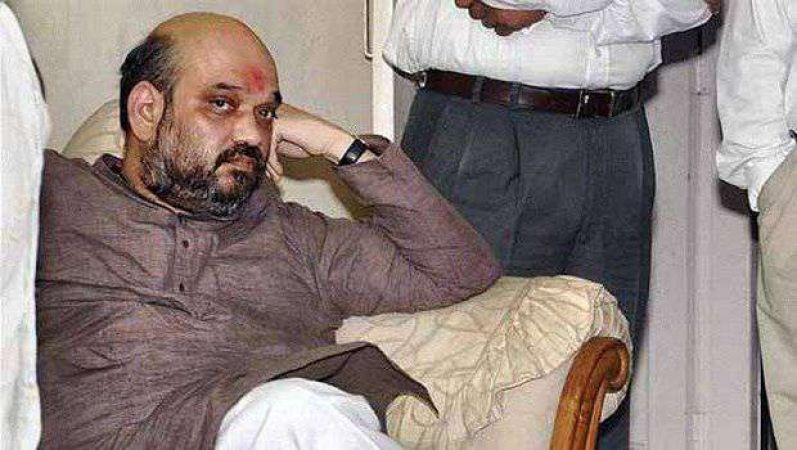 बंगाल हिंसा पर बढ़ी शाह की मुश्किलें, दर्ज हुई दो FIR