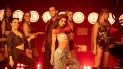 Doctors dancing on Radhe's movie song, Disha Patani shared video