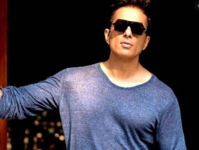 Man seeks help from Sonu Sood to go to buy liquor, actor gives funny reply