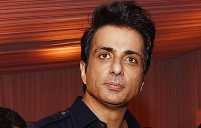 These two actresses  are proud of Sonu Sood for this work