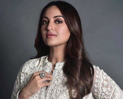 Sonakshi Sinha's gorgeous look surfaced, fans go crazy