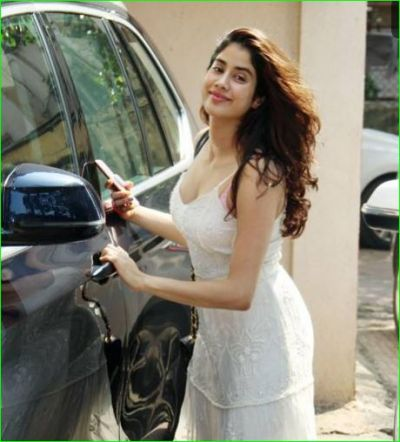 Jahnavi Kapoor left the gym with more than three and a half lakh expensive bag, Know here!