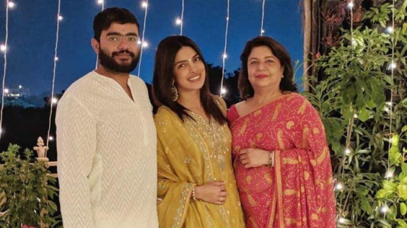 प्रियंका चोपड़ा ने दिवाली पर पहनी इतनी महँगी ड्रेस, कीमत जानकर माथा घूम जाएगा