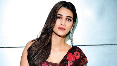 Akshay Kumar to work with Kriti Sanon in the film 'Bachchan Pandey'