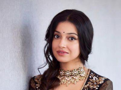 हिंदी गाना 'याद पिया की आने लगी' का रीमेक वर्जन इस दिन होगा रिलीज, फर्स्ट लुक जारी