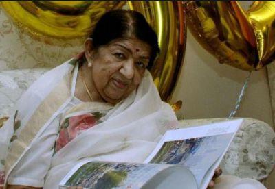 Shobhaa De gives update on Lata Mangeshkar's health