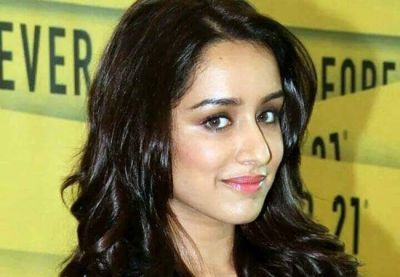 Bollywood actress Shraddha Kapoor's stars go high, starts shooting this action film