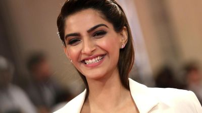 Sonam Kapoor will be seen in the Hindi version of this Korean film