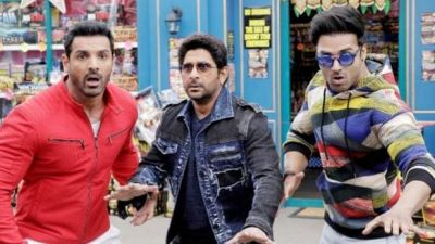 Film Pagalpanti will make you go crazy, know the movie review