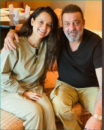 संजय दत्त से मिली कंगना रनौत, शेयर की तस्वीर