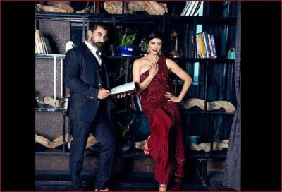 This Bollywood couple looked very intoxicated in the new photoshoot
