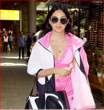 You can enjoy 6 months in this price of Kiara Advani's bag!