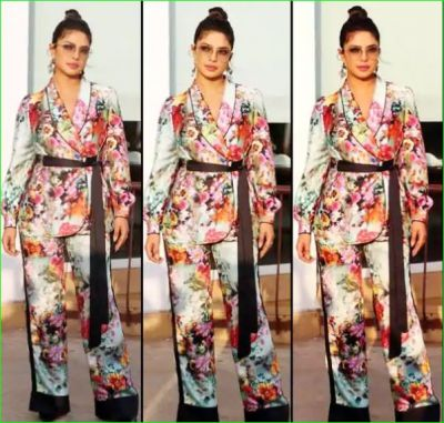 Priyanka looking pretty in a floral dress, see pictures