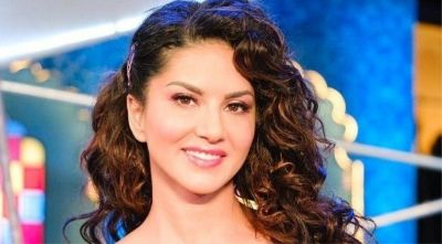 Sunny Leone is seen with her husband Daniel Weber in this situation, fans stop speaking