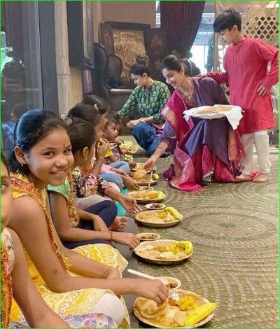 Shilpa Shetty organizes 'Kanya Bhoj' on Durgashtami, photos surfaced