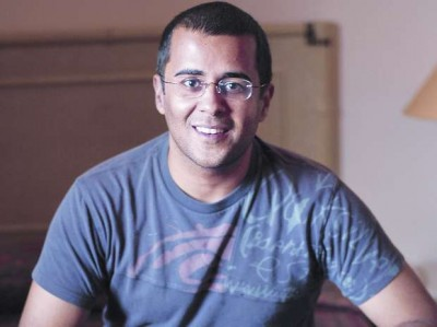 Chetan Bhagat gives shocking statement about Sushant case