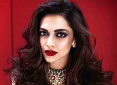 Here's why Deepika Padukone needs a lawyer, video goes viral on social media