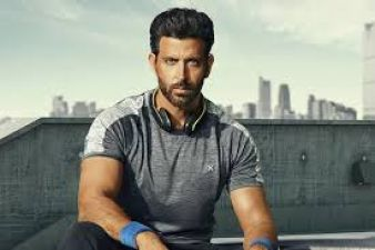 Hrithik Roshan's body transformation video surfaced, celebs praised