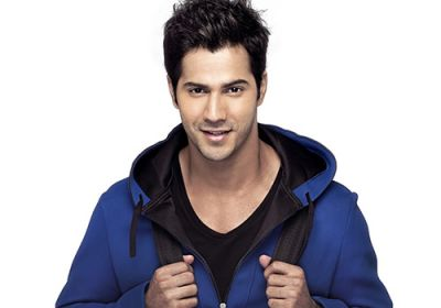 Varun Dhawan's cool video surfaced, spent morning with his father like this