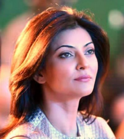 Sushmita Sen shares her stylish look, fans go crazy