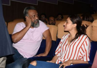 Taapsee started her next project with Anubhav Sinha, see pic