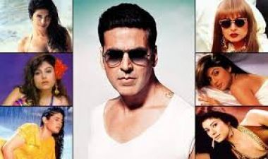 After Romancing this actress, Akshay Kumar married her best-friend
