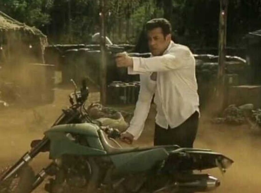 Dabangg 3: Another picture of Salman leaked from the climax shoot of 'Dabangg 3'