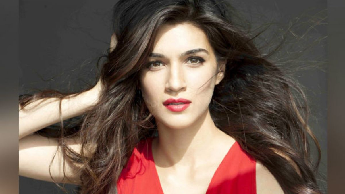 Kriti will win your heart with her new photoshoot, check out pic here