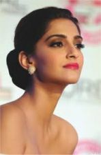 Sonam Kapoor gave advise on dealing with online trolling