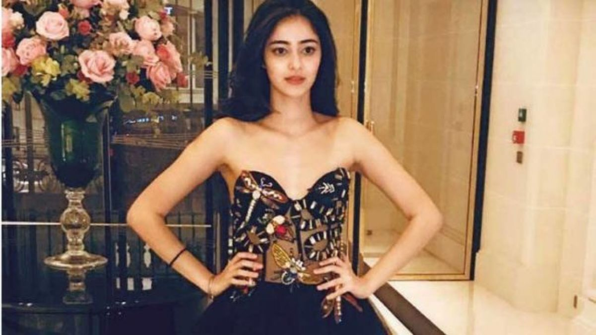 Ananya Pandey steals the show with her latest pic, see it here