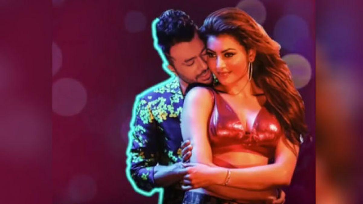 VIDEO: Tony Kakkar's new song 'Bikli Ke Taar' released, Urvashi looks stunning