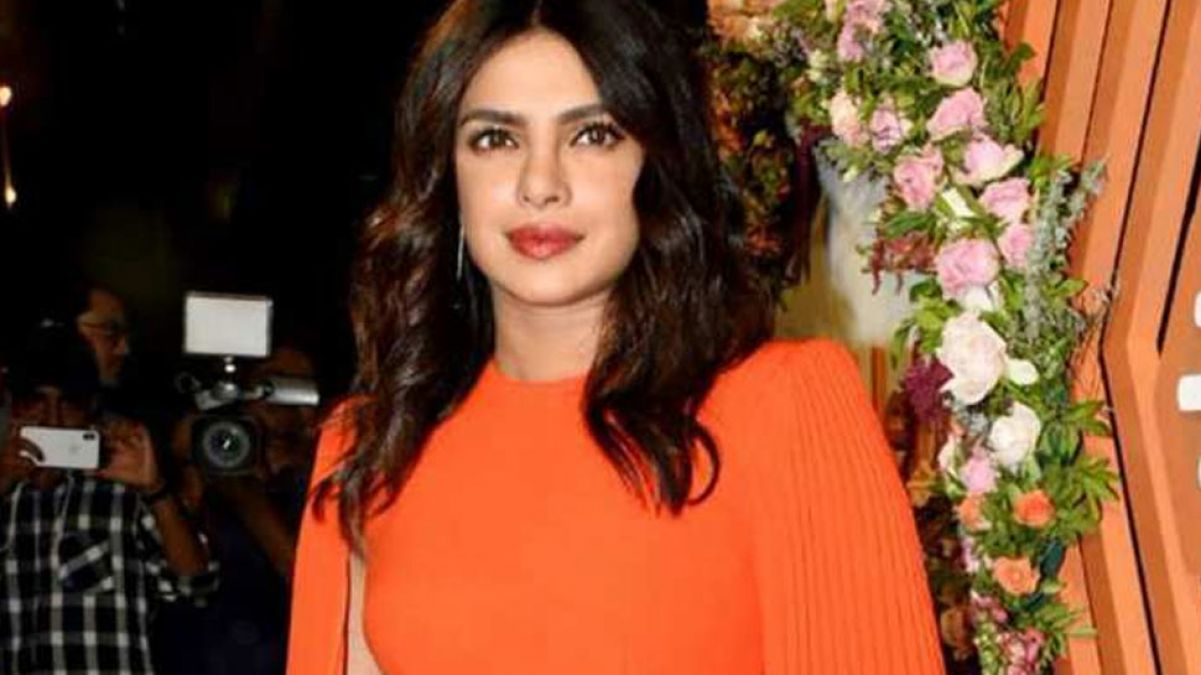 The Sky Is Pink: Priyanka praises director, says, 'Shonali you are real star'