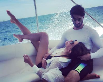 Sushmita-Rohman looking hot on vacation, see photos