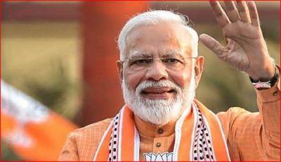 PM नरेंद्र मोदी को पसंद है केवल दो गाने, अमिताभ बच्चन की रिक्वेस्ट पर देखी थी यह फिल्म