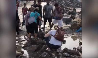 बॉलीवुड डायरेक्टर ने डाला मुंबई का Video, बोले- सरकार का इंतजार...'