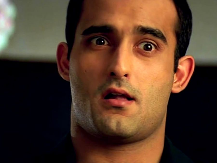 So far Akshaye at the age of 44 is single, on the question of marriage said - I am not ready for this .. '