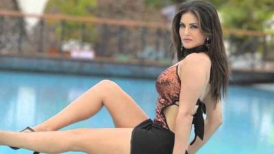 Sunny Leone looks drop-dead gorgeous in her latest avatar