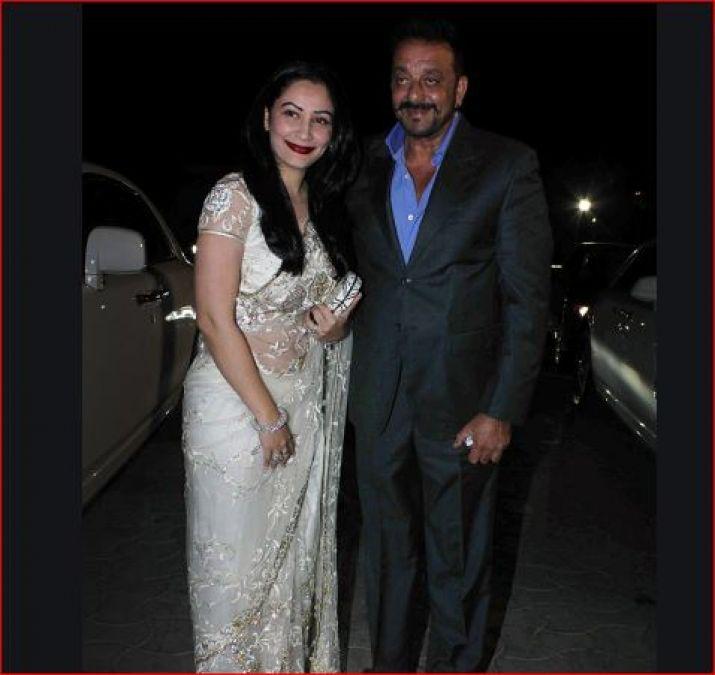 संजू बाबा के साथ फिल्मों में काम करना चाहते हैं तो  इस तरह अभी करें अप्लाई