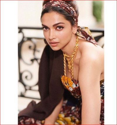 Deepika Padukone appeared in Paris Fashion Week