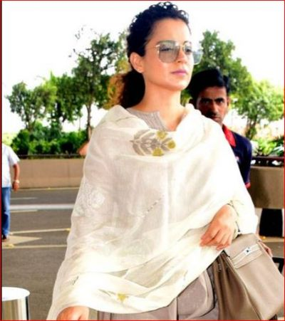 Kangana Ranaut appeared in a simple look with a bag of lakhs